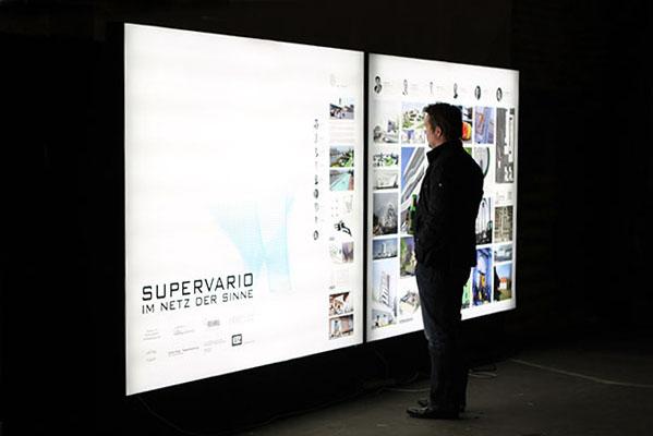 Infowand SuperVario, Im Netz der Sinne